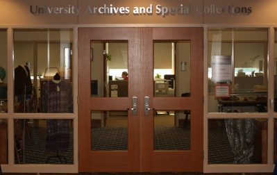 Entrance of the University Archives & Special Collections on the 3rd floor of the David L. Rice Library, 2017.