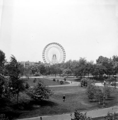 Ferris wheel in Chicago, Illinois, 1893. Source: Tom Mueller collection, MSS 264-1273.