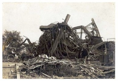 Ferris wheel after demolition, 1906. Source: https://www.flickr.com/photos/mohistory/3533210033