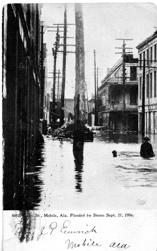 Street flooding in Mobile, AL, 1906. Source: Postcard collection, MSS 010-006.