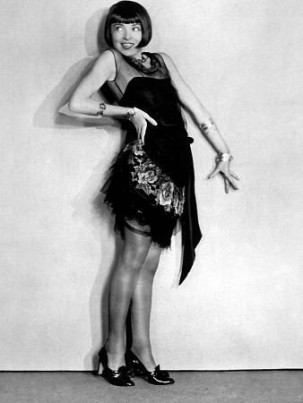 Source: https://silentology.wordpress.com/2018/03/05/colleen-moore-americas-favorite-flapper/