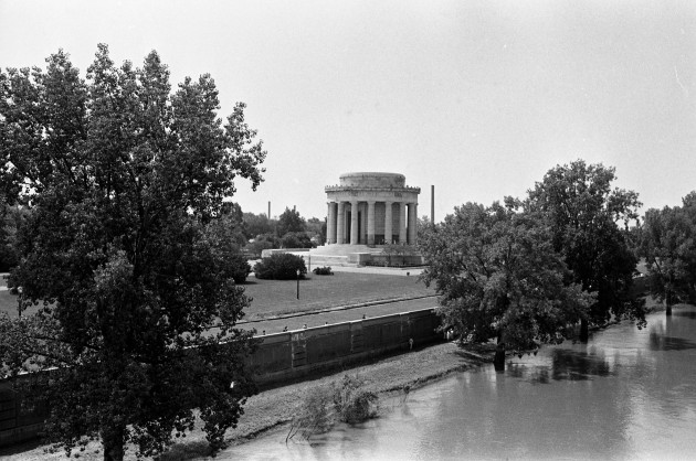 The George Rogers Clark Memorial was dedicated by President Franklin Delano Roosevelt on June 14, 1936 and became part of the National Park Service in 1966. The memorial honors the capture of Fort Sackville to Clark on February 25, 1779.  The fort was on or near this site. In this 1978 photograph, the memorial is seen from the Wabash River. Source: Gregory Smith collection, MSS 034-2234.