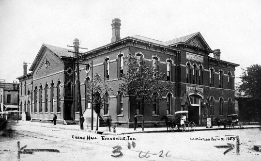 Evans Hall in Evansville, Indiana, c. 1908. Source: Regional Postcards collection, RH 033-199.