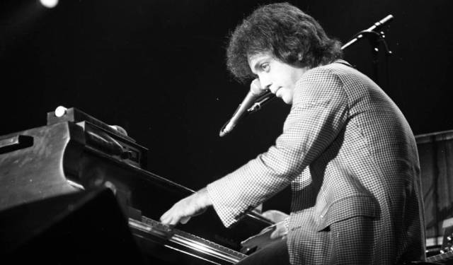 Billy Joel performing at Roberts Stadium on April 24, 1979. Source: Greg Smith Collection at University of Southern Indiana (MSS 034-2996).
