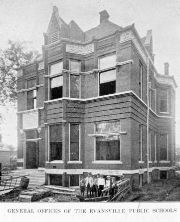 This image of the Evansville Public Schools General Office dates to 1910. Source: Brad Awe collection, MSS 184-1076.